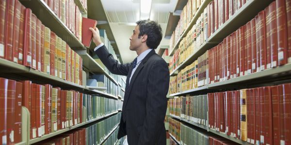 Best Scholarships for Law Students 2019